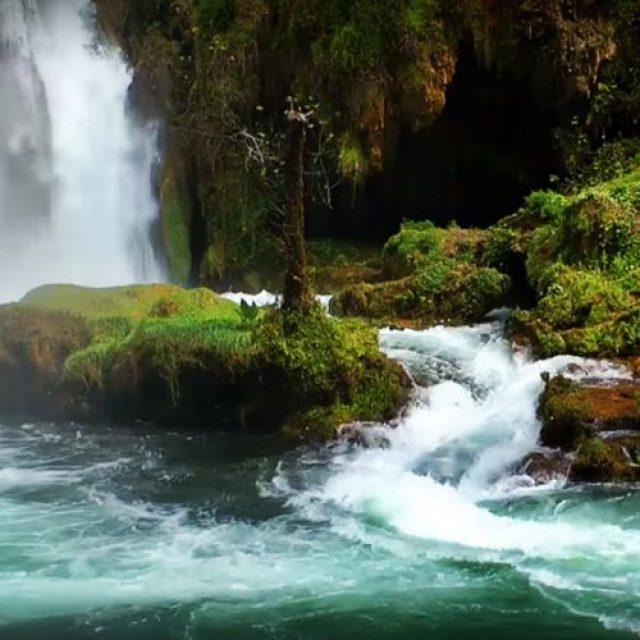 Top 10 al celor mai uimitoare cascade din lume